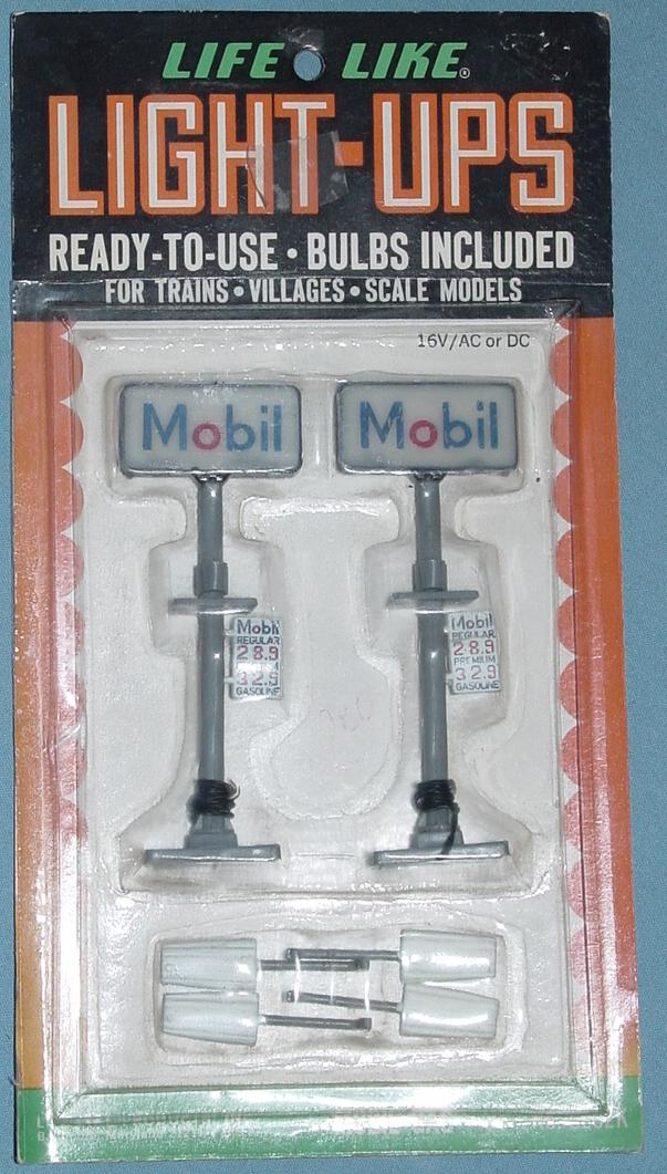 Lifelike Light Ups Ready To Use Scenery Mobil Oil Gas Station Signs