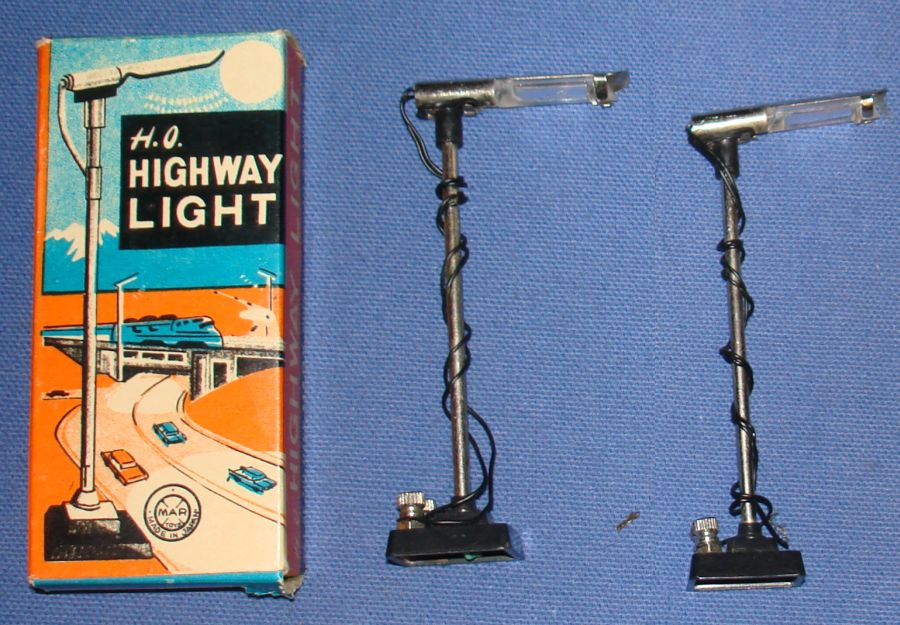 Marx Slot Car Track Racing HO Highway Light & Box