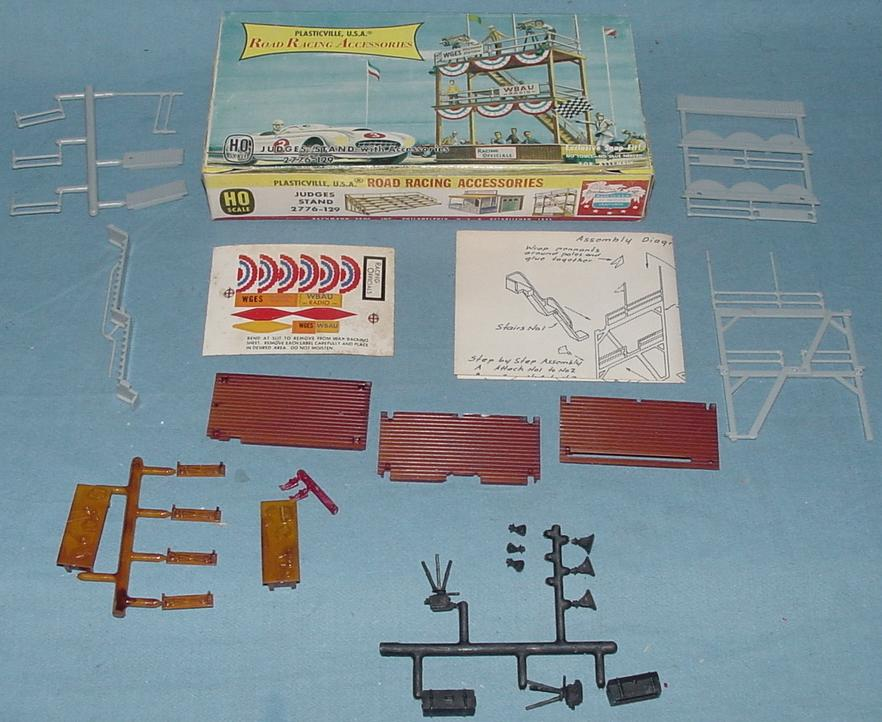 Plasticville USA Road Racing Accessories Judges Stand Kit #2776