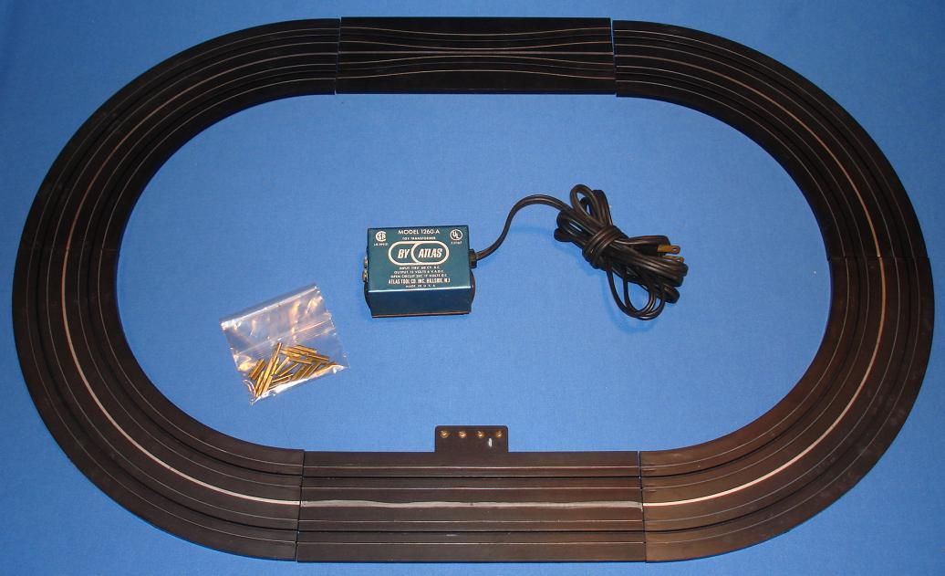Atlas HO Scale Slot Car Racing Set Track