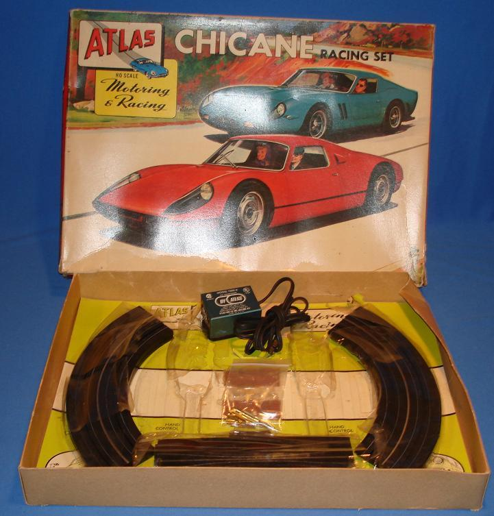 Atlas HO Scale Slot Car Set Box 1200