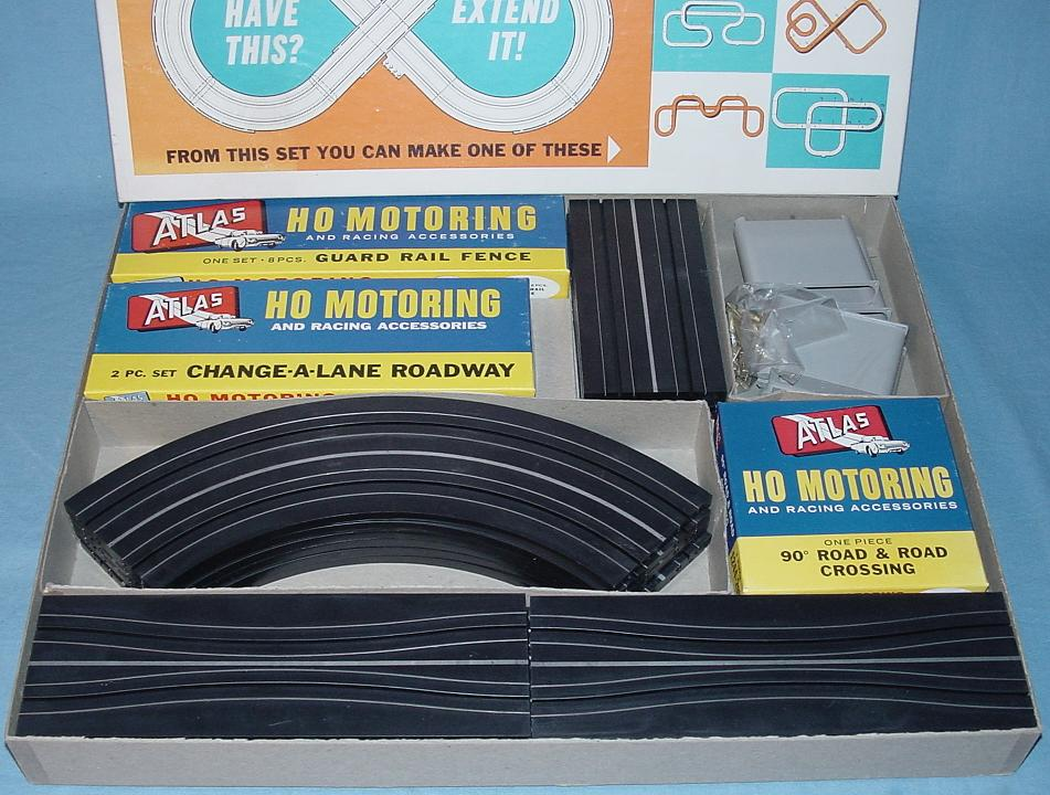 Atlas HO Slot Car N Larger Set Track Contents