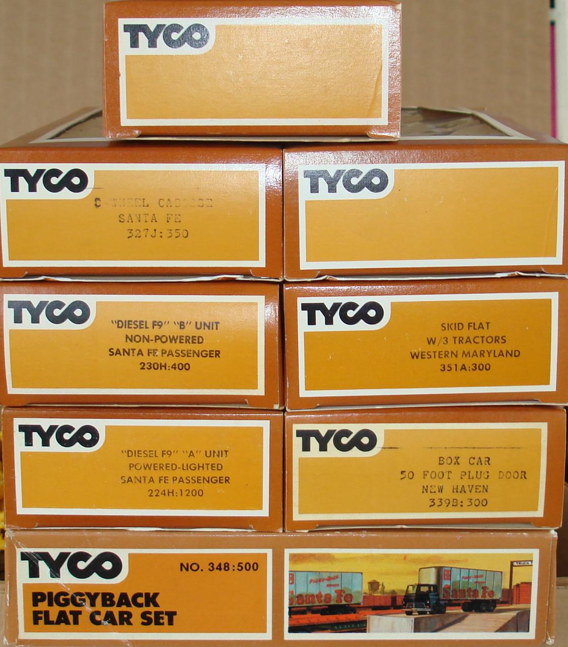 Tyco Tycopro Road & Rail HO Slot Car Racing Electric Train Set Cars & Engine