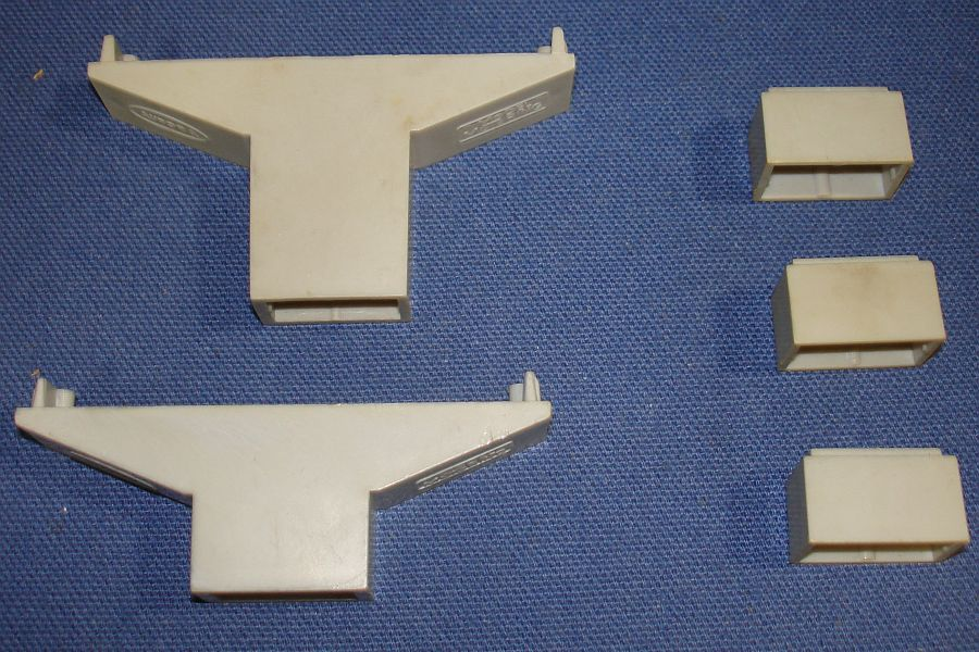 Aurora Model Motoring HO Scale Slot Car Racing Track Grey Trestles & Extensions