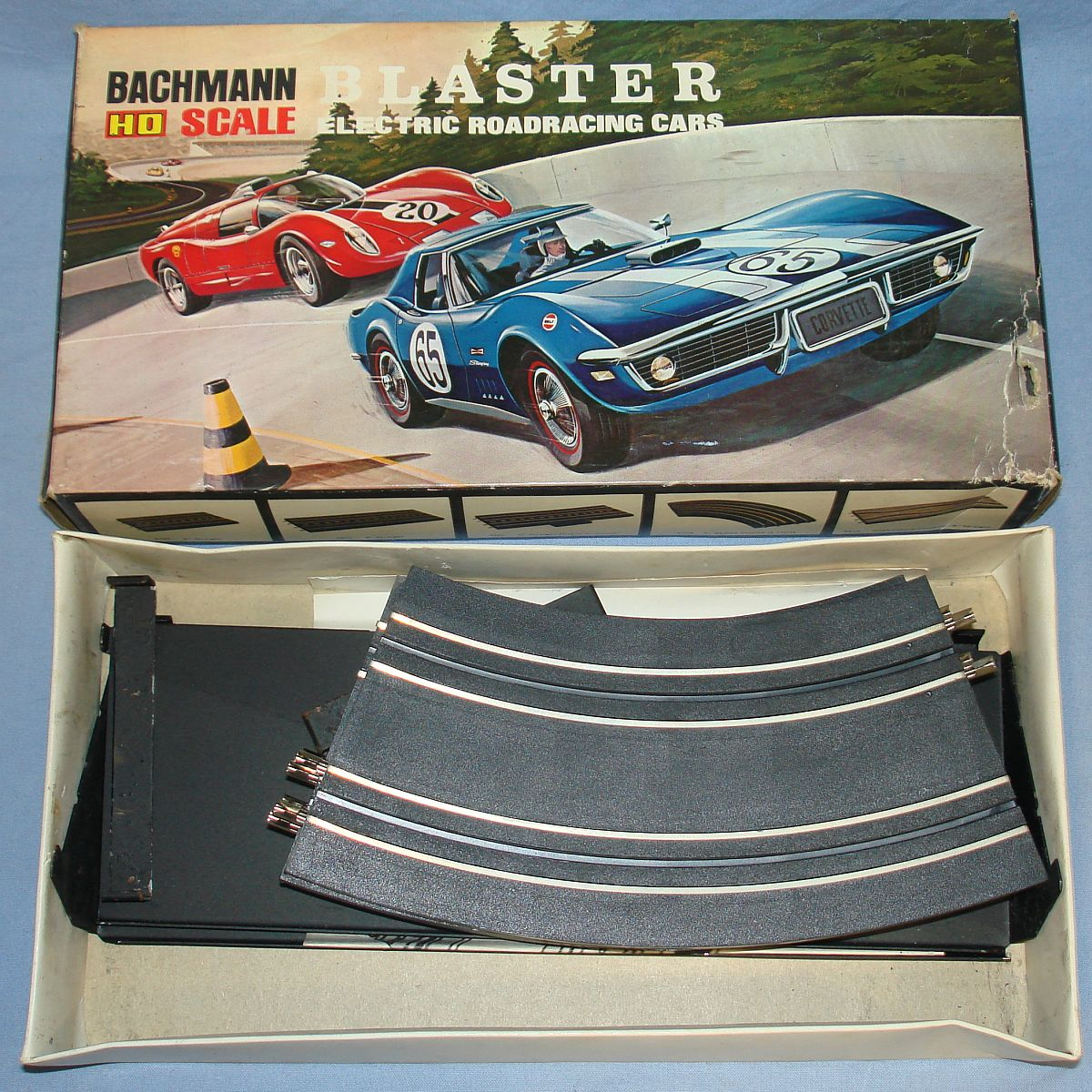 Vintage Bachmann Slot Car Racing Banked Curve Track Set #9308 Box