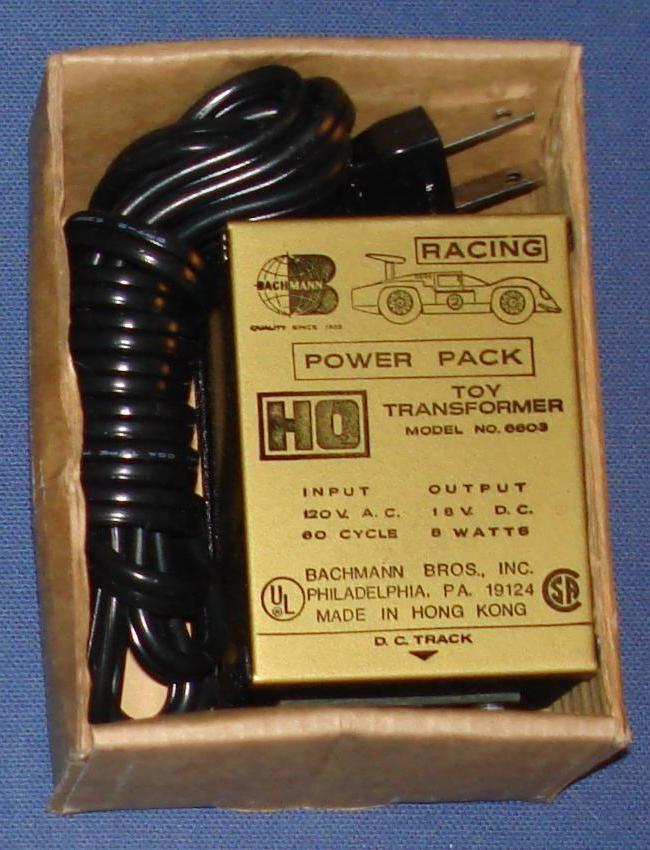 Bachmann 1:87 Scale Slot Car Road Racing Toy Transformer 6603