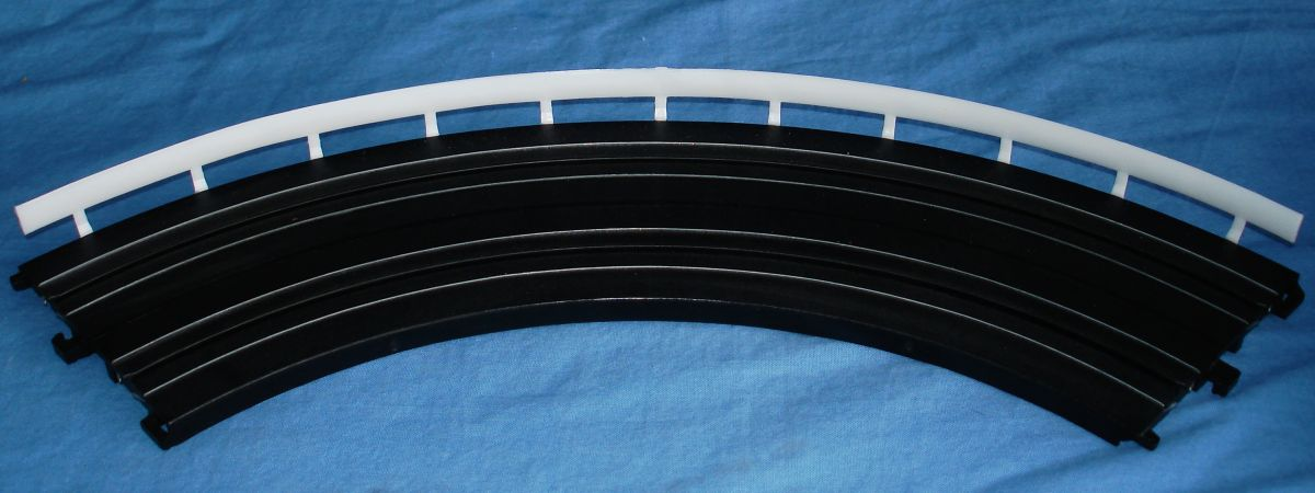 Life Like Slot Car Racing Track 9 Inch Radius Curve & White Guard Rail