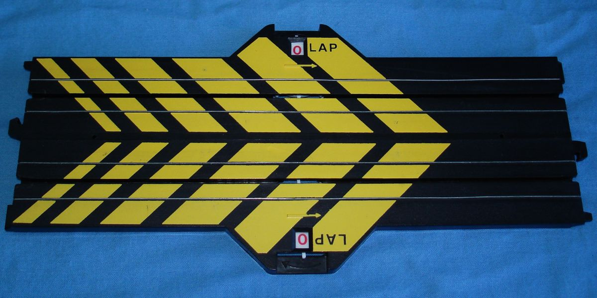 Life Like Slot Car Racing Track 9 Inch Straight Lap Counter