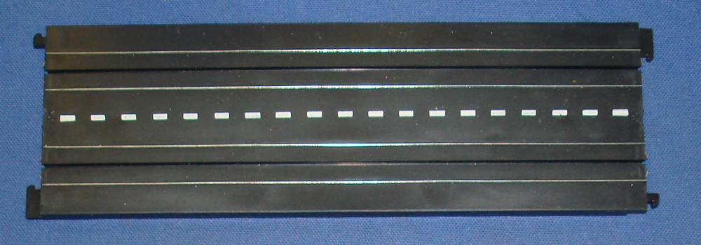 Tyco S HO Speedways HO Scale Slot Car Racing 9 Inch Divided Highway Straight Track Section