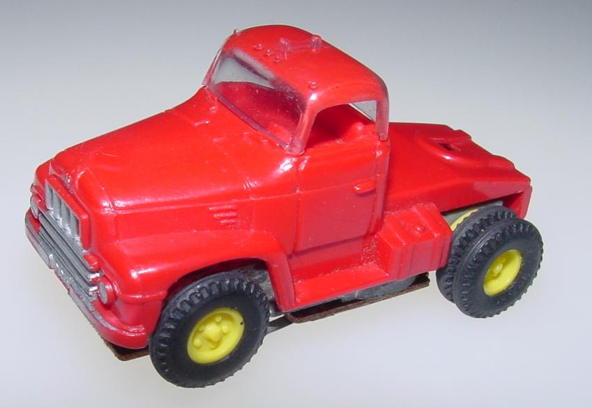 Aurora Vibrator HO Slot Car Red Semi Cab Driver Hood