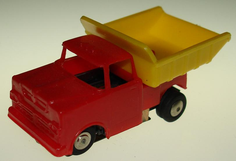 Marx HO Scale Dump Truck Slot Car Truck Red Body
