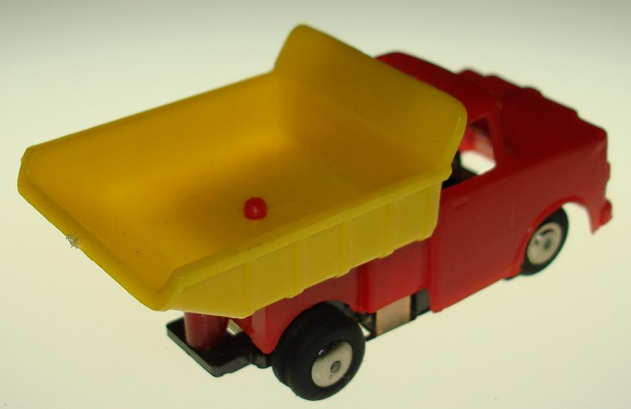 Marx HO Scale Dump Truck Slot Car Truck Yellow Bed