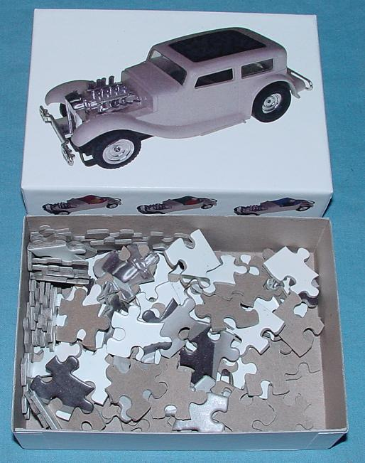 White 1:48 O Gauge Slot Car Jigsaw Puzzle Stock Number 1952 Contents