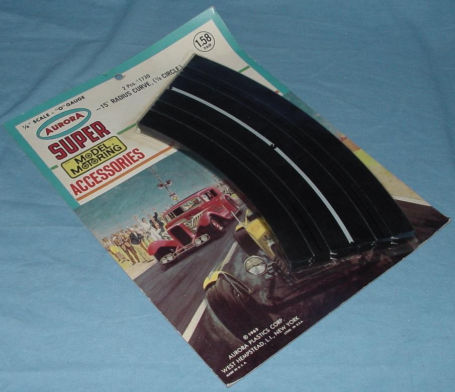 Super Model Motoring Slot Car 15 Inch Curved Track