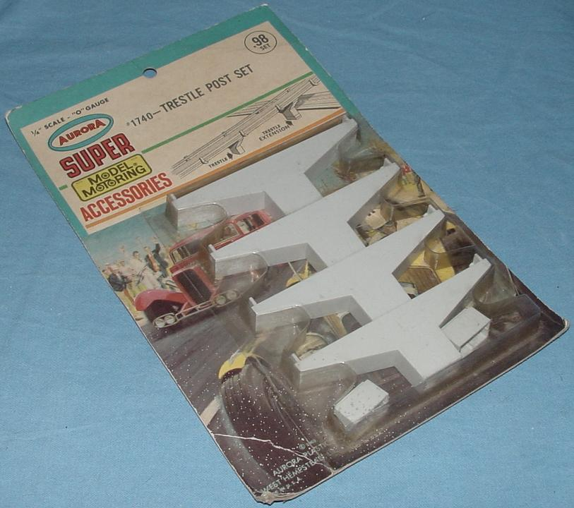 Super Model Motoring Slot Car Trestle Post Set