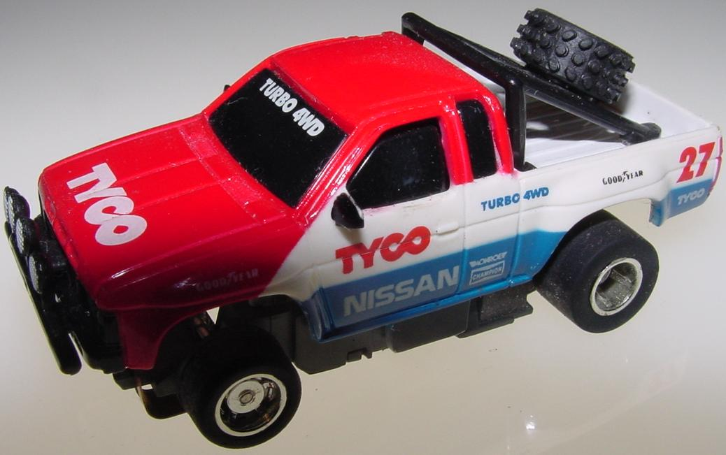 Tyco Nissan Turbo 4WD Pickup Truck Slot Car Runner Hood