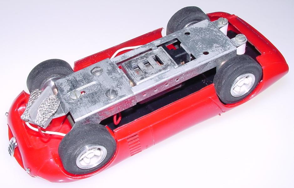 Atlas 1:24 Scale Red Body Shell Alfa-romeo Conguro Slot Car Racing Body Chassis 1663-498